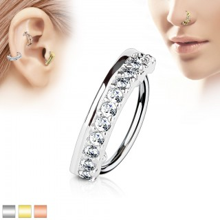 Piercing ring with coloured plate and clear jewels